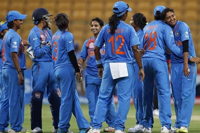 पहले वनडे में भारतीय महिला क्रिकेटरों ने साउथ अफ्रीका को रौंदा