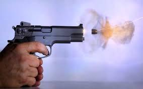 अमेरिका में फिर गोलीबारी, 'असंतुष्ट' कर्मचारी ने ली 12 की जान