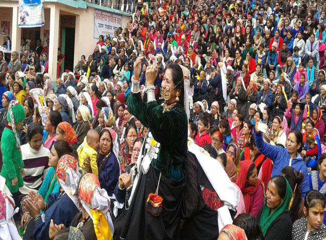 देश के अंतिम गांव माणा की जेठ पुजाई