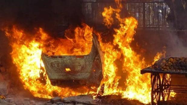 दिल्ली में क्यों नहीं थम रही हिंसा?
