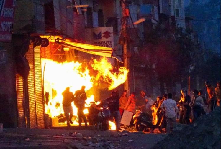 दिल्ली में हिंसा तो थम गई लेकिन मौतें नहीं