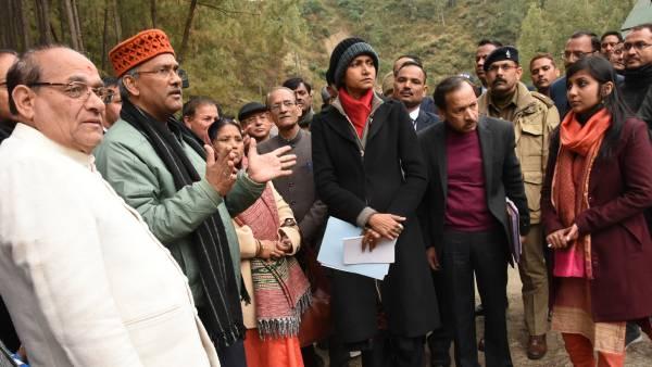 सीएम त्रिवेंद्र सिंह रावत ने किया गैरसैंण में बनने वाली चौरड़ा झील निरीक्षण