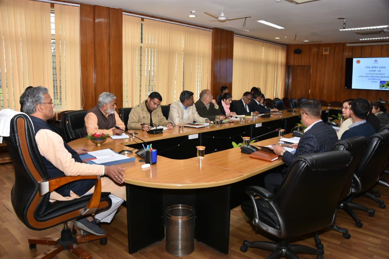 मुख्यमंत्री ने कोरोना वायरस के सम्बन्ध में सचिवालय में की समीक्षा बैठक