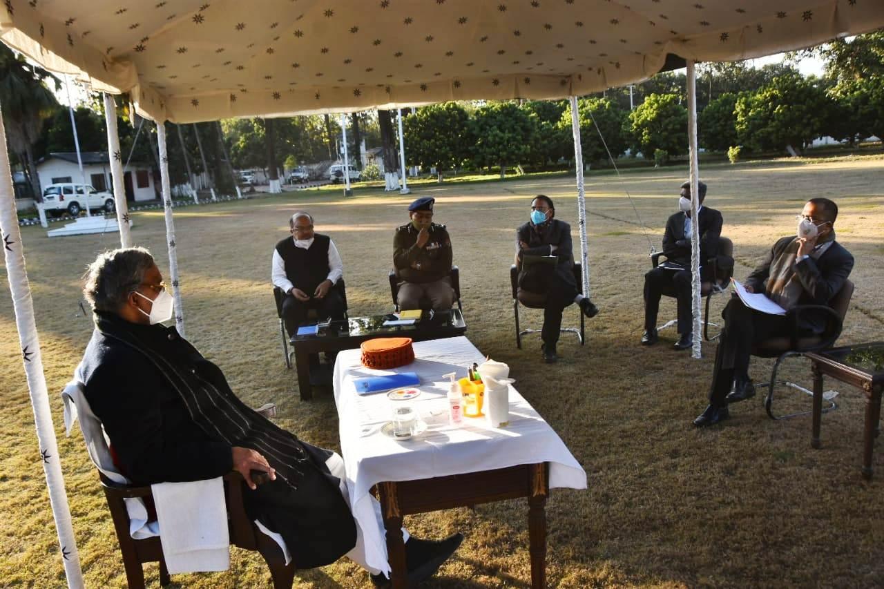 मुख्यमंत्री ने की कुम्भ मेले की व्यवस्थाओं की समीक्षा