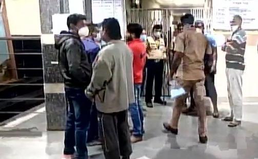 महाराष्ट्र के भंडारा में दर्दनाक हादसा, सरकारी अस्पताल में आग लगने से 10 नवजात बच्चों की मौत