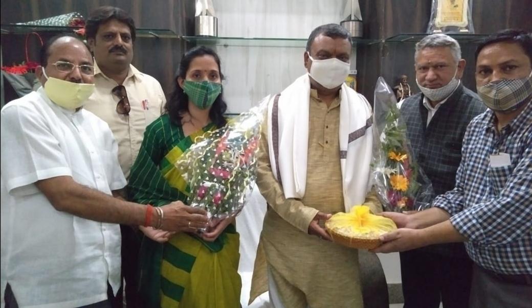 नागपुर दौरे पर पहुंचे बीजेपी के वरिष्ठ कार्यकर्ता दर्शनलाल आर्य,राष्ट्रीय स्वयं सेवक के कई प्रमुख प