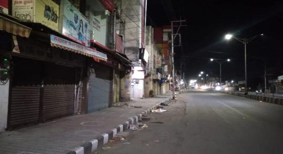 दिल्ली में आज रात 10 बजे से शुरू होगा वीकेंड कर्फ्यू,सोमवार सुबह तक जारी रहेगा कर्फ्यू