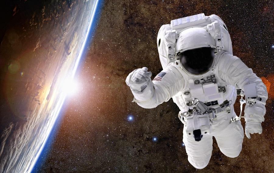 कोरोना में करें अंतरिक्ष की यात्रा