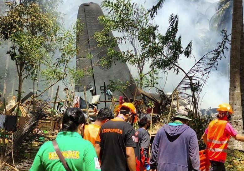 विमान हादसे ने ली 50 लोगों की जान