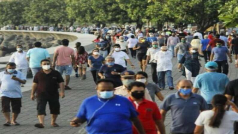 कोरोना में घुमने वालों को पीएम मोदी ने दी सलाह