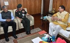 चीफ डिफेंस ऑफ स्टाफ जनरल बिपिन रावत से मिले सीएम पुष्कर धामी