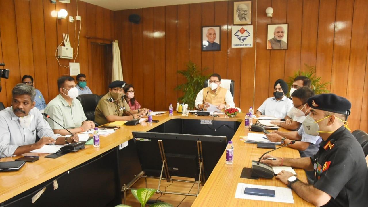 मुख्यमंत्री पुष्कर धामी ने वीडियो कांफ्रेंसिग द्वारा प्रदेश में अतिवृष्टि और आपदा प्रबंधन की की समीक