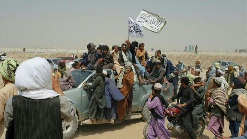 पाकिस्तान की शह पर तालिबान ने 100 आफगानिस्तानियों को उतारा मौत के घाट