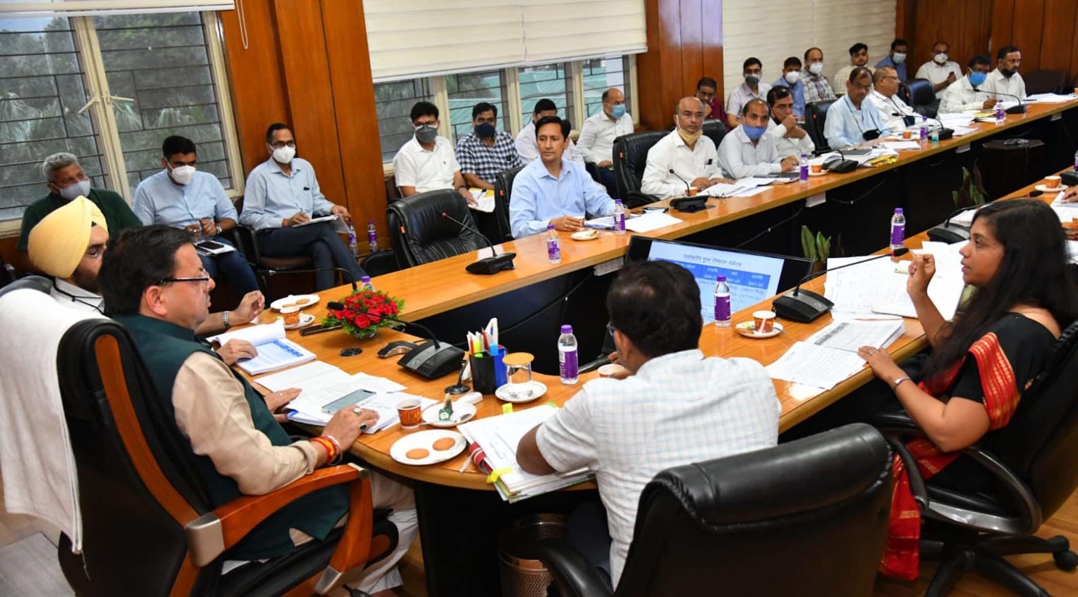 सरकार के प्रयासों एवं जनसहयोग से आगे बढ़ रही आयुष्मान योजना