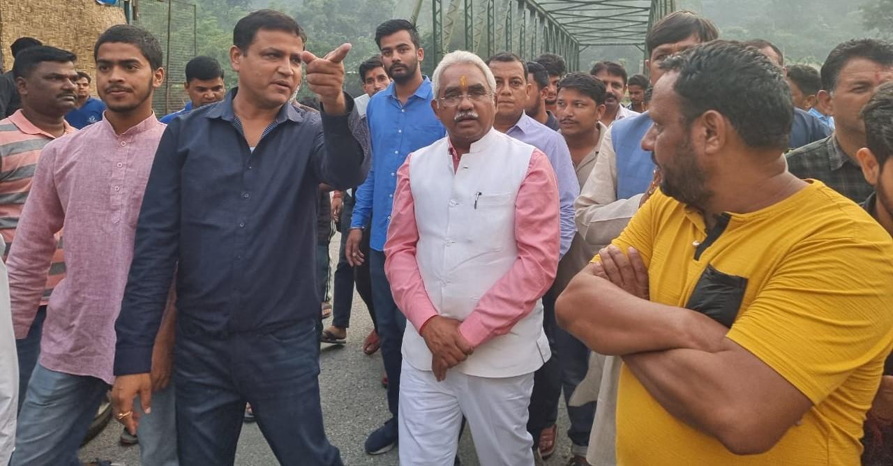 आपदा प्रभावित क्षेत्र में पहुंचे भाजपा प्रदेश अध्यक्ष मदन कौशिक,आपदा सहायता कन्ट्रोल रूम का किया शुभ